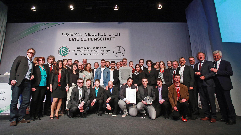 Sieger 2014 sieger integrationspreis integration for Komplette wohnzimmereinrichtung