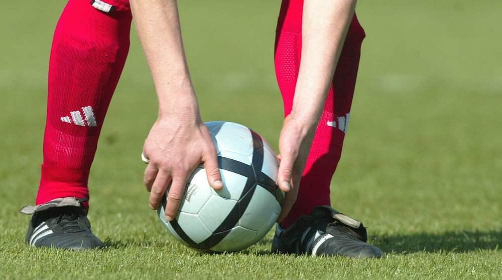 Vereinfachte Spielregeln Fur Den Kinderfussball