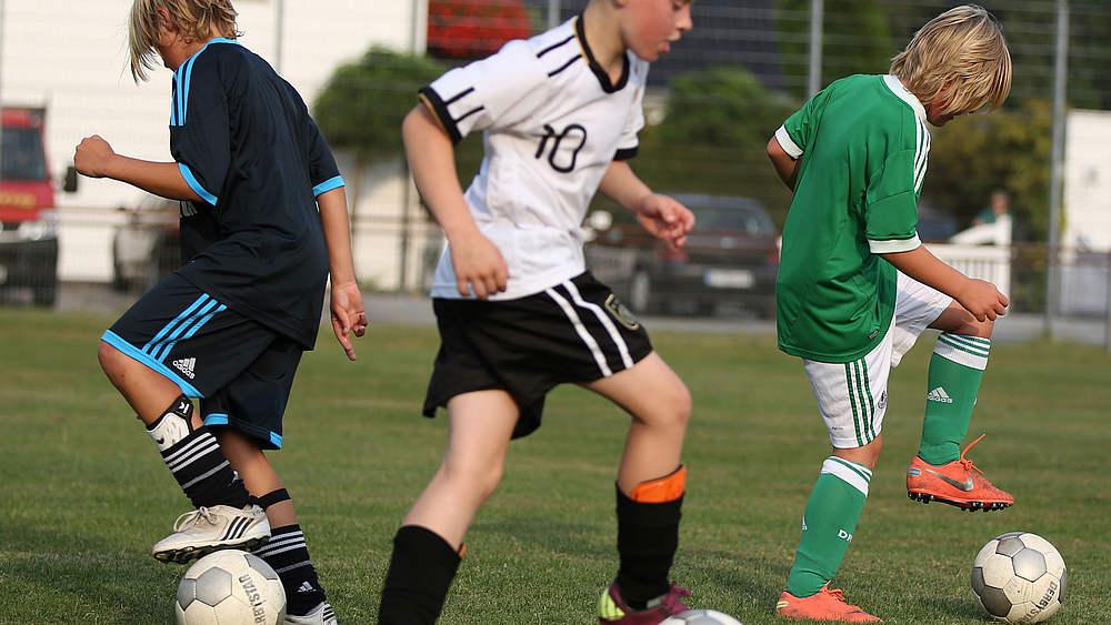 Fußball basistechniken kennenlernen