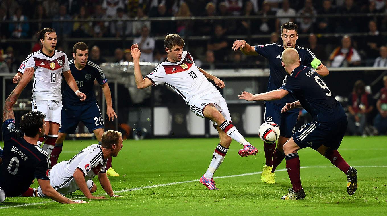 картинки про немецкий футбол набирать еще больший
