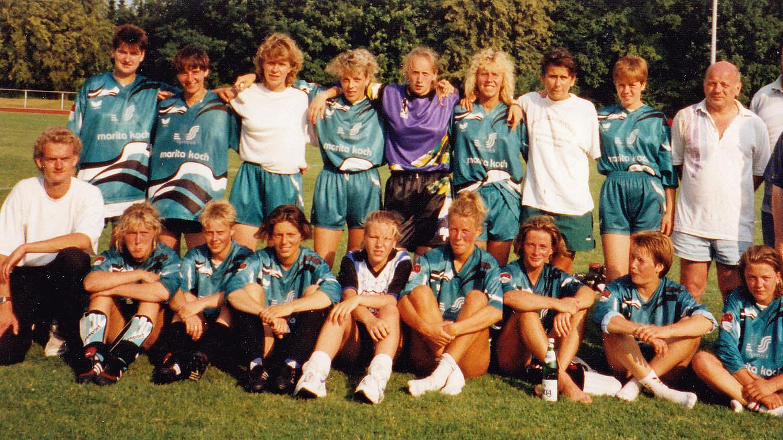 Vor 25 Jahren Frauen Der Bsg Post Rostock Holen Letztes Ddr Double Dfb Deutscher Fussball Bund E V
