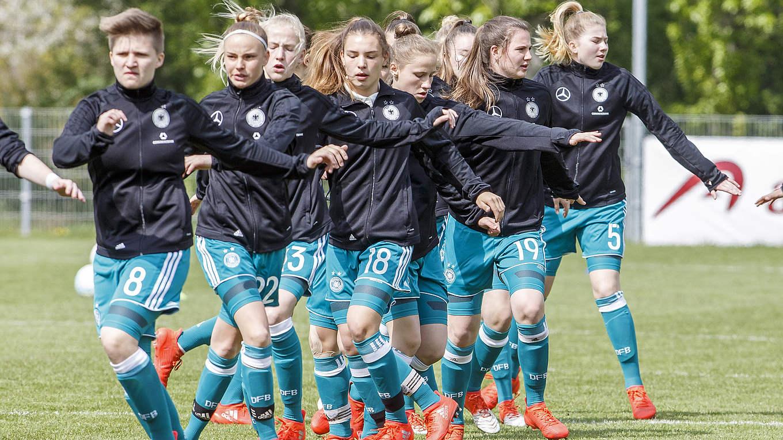 U 15 Spannendes Spiel Gegen Niederlande Dfb