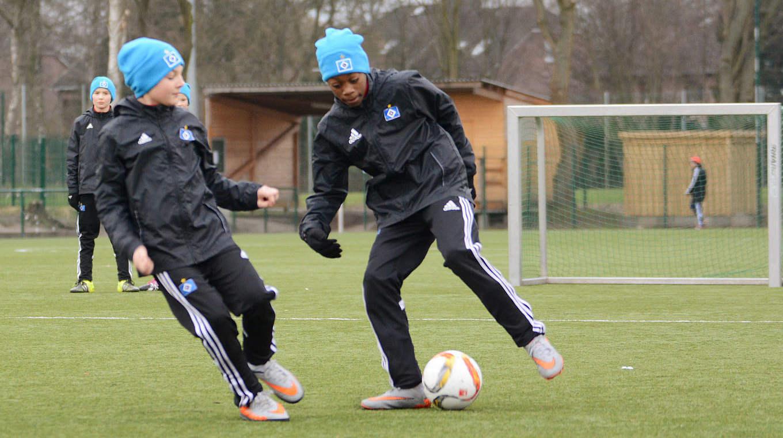 Verteidigen lernen :: DFB - Deutscher Fußball-Bund e.V.