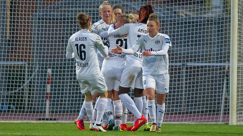 Dfb Pokal Frauen Dfb Wettbewerbe Frauen Ligen
