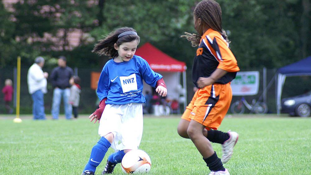 Madchenfussball Ag Gemeinsam Am Ball Schulfussball
