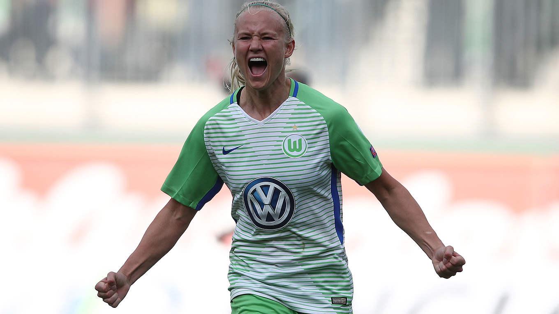Wolfsburg Women keep treble hopes alive as they progress