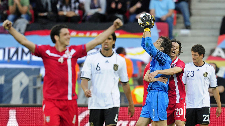 Wm 2010 Poldi Vergibt Dfb Team Verliert Dfb Deutscher Fußball