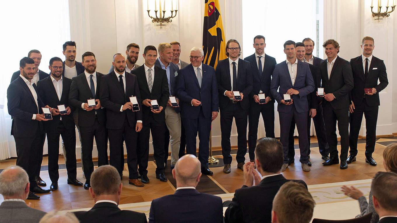 Teamsport Deutschland Gratuliert Deb Olympiakader Zum Silbernen