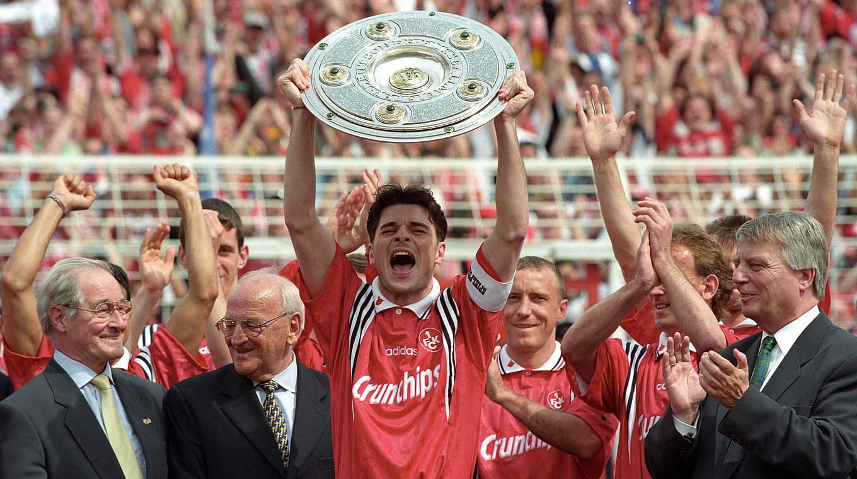 """Heimkehr der Helden"""": Benefizspiel zum Lauterer Meisterjubiläum 1998 :: DFB  - Deutscher Fußball-Bund e.V."""