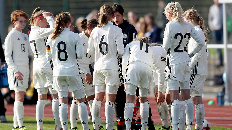 U 15 Juniorinnen Frauen Nationalmannschaften
