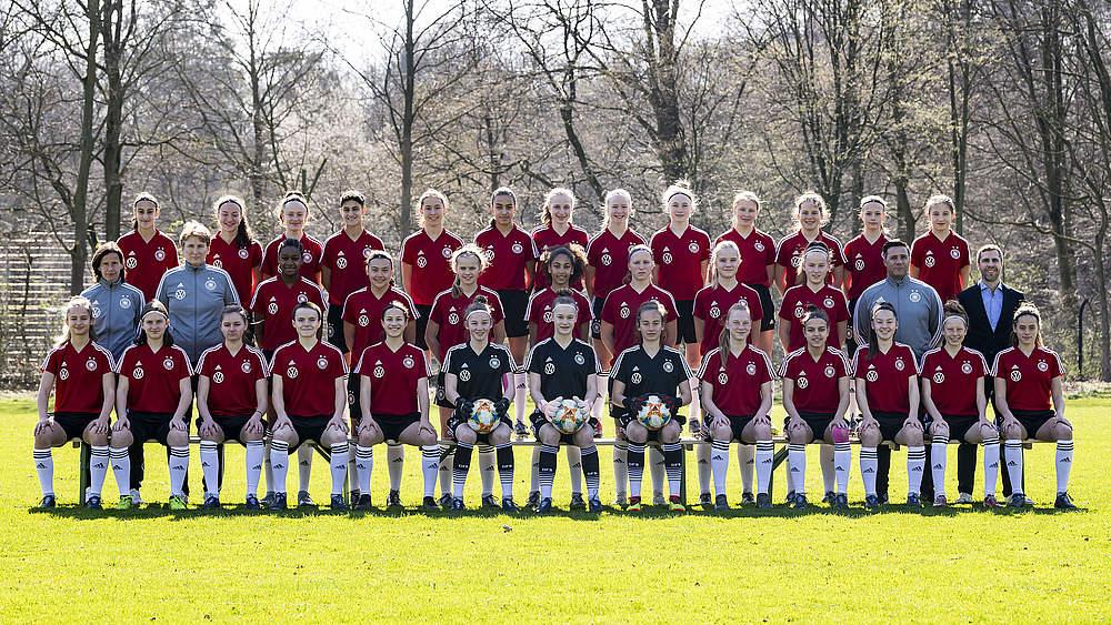 Team Und Trainerin U 15 Juniorinnen Frauen