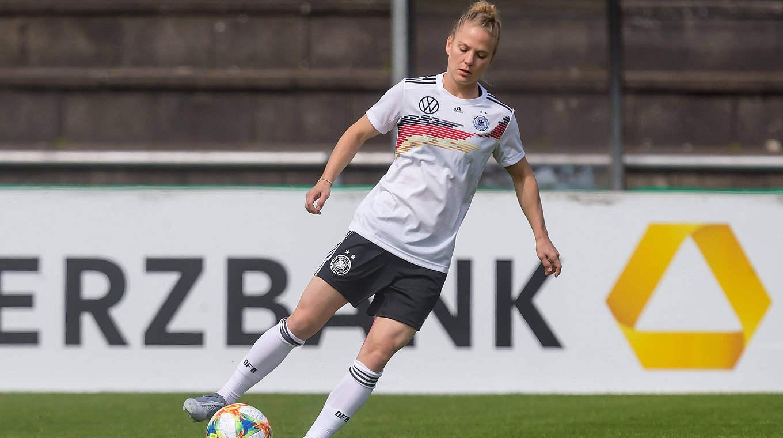 AUTOGRAMM LEONIE MAIER FRAUEN FUSSBALL WM 2019 FRANKREICH DFB BAYERN MÜNCHEN