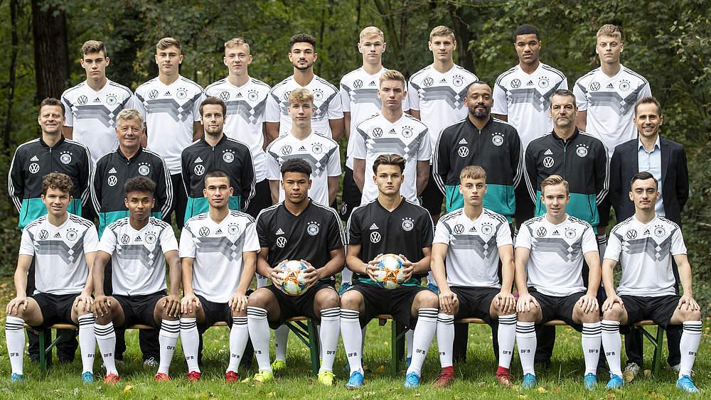 Team Und Trainer U 18 Junioren Manner