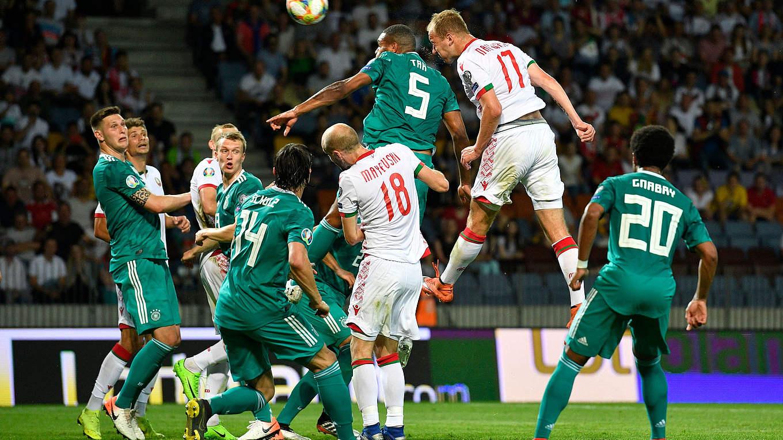 Pokalachtelfinale Topspiel Bayern Gegen Wolfsburg Live Im