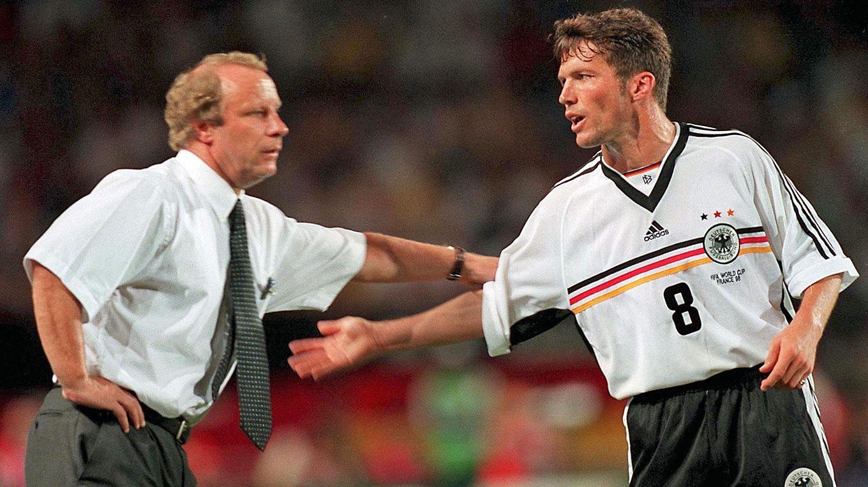 Nackt deutsche fussballer Fußballer spielen