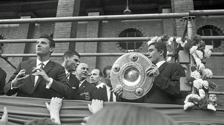 Erster Bundesliga Meister