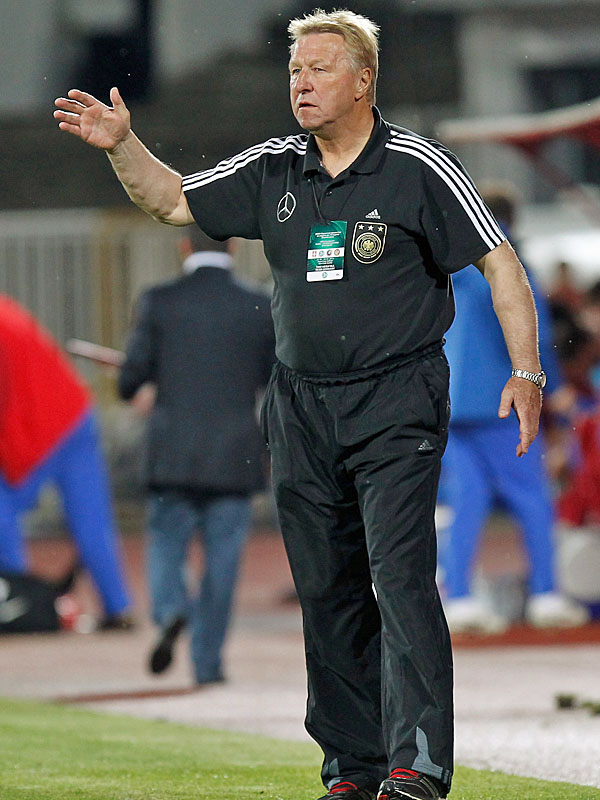 Trainer Dfb