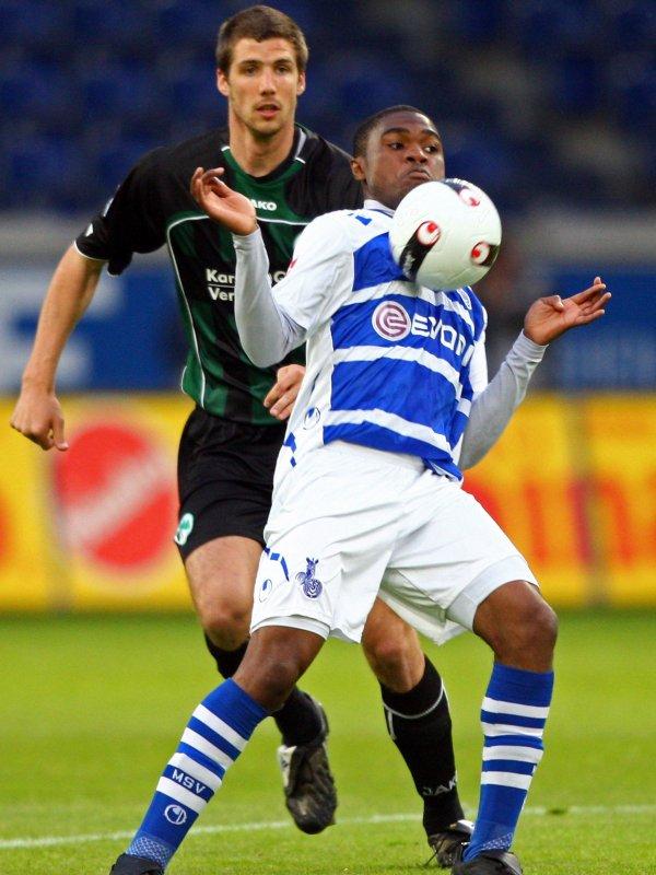 Ben-Hatira and Wagner let Fürth's hopes fade :: DFB ...